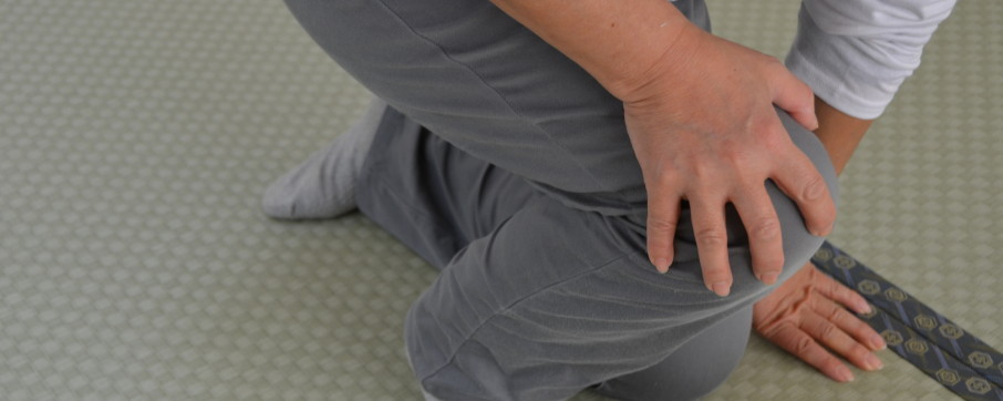 膝痛の症状について